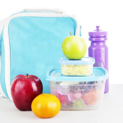 Get your kids to pack their own lunch with a simple lunch packing station that takes all the work and frustration out of making lunch for school. Plus good lunch box snack ideas to get you on your way.