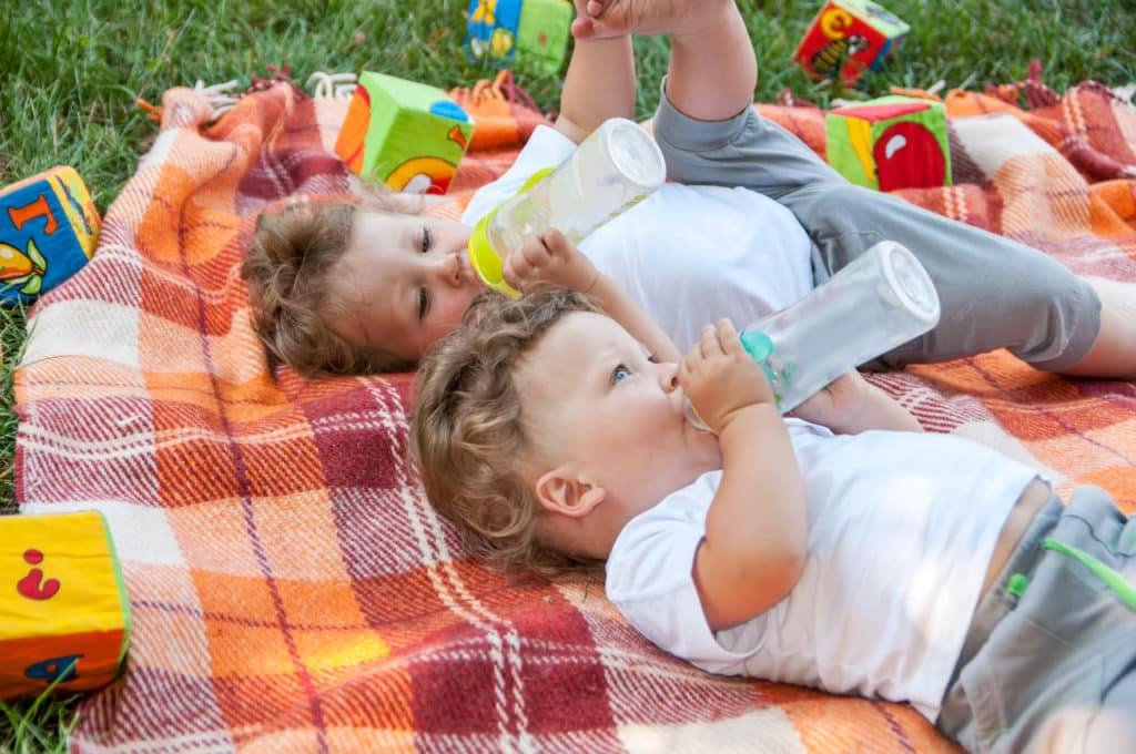 5 Must-Know Tips to Surviving the First Year with Twins