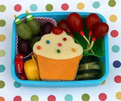 This birthday lunch idea from bentology is a great surprise for your child who attends school on their birthday