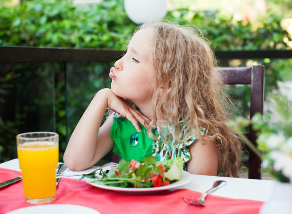 Learn two surprisingly simple tricks that will get kids to eat vegetables - willingly!