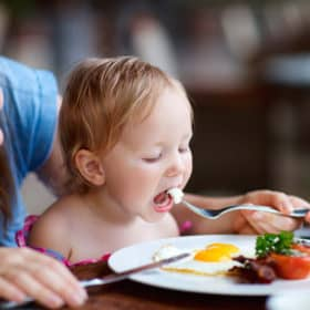 These are SUPER Simple & Genius Ways to get kids to vegetables without nagging! Learn two surprisingly simple tricks that will have your kids eating vegetables.