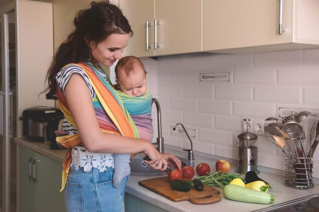 Six easy fixes to make dinnertime less stressful and make dinnertime easier. Help with meal planning, freezer meals, crockpot meals, simple ingredient meals, meal planning to save money, meal planning for families and make dinner easier for the family