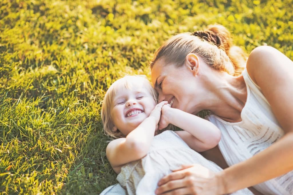 Could you be a more patient Mom? Mom Patience is a habit developed with practice and time, but with these positive parenting tips to help you become a more patient Mom, you'll learn how to choose connection, love and kindness over frustration & impatience. Have more fun with your kids and be a patient parent.