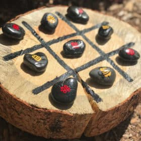 Make Your Own Tree Stump Tic-Tac-Toe Board