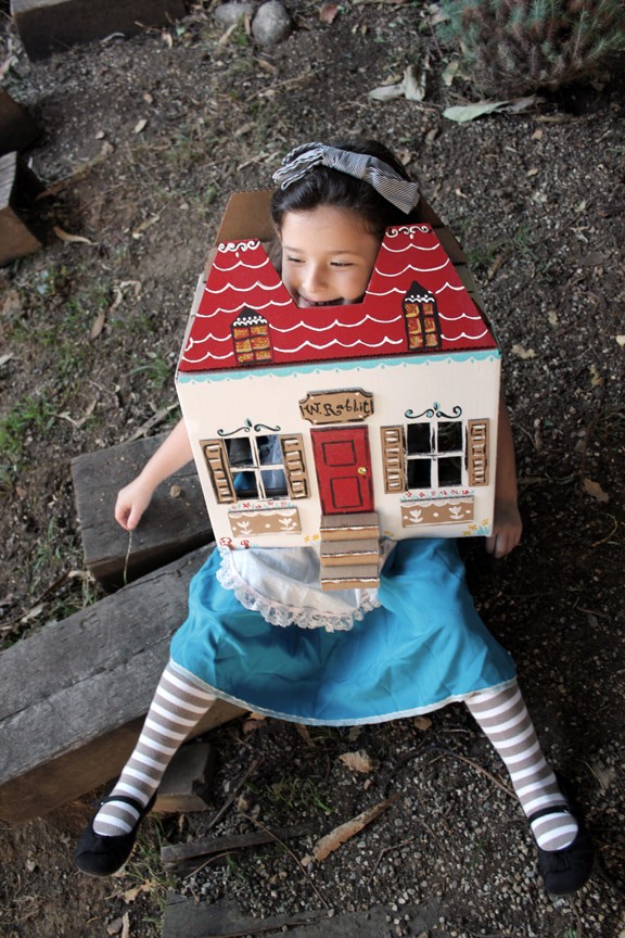 alice in wonderland homemade halloween costumes you can make