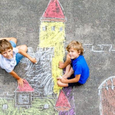 chalk art and sidewalk chalk activity ideas