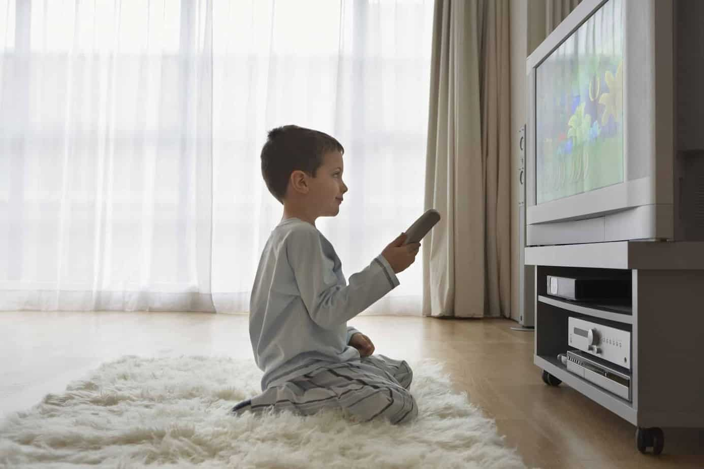 The benefits to liming screen time with kids but how to do this without tears, tantrums or a fit when it's time to hit the off button. Why limited screen time is so important and how to set limits you can enforce.