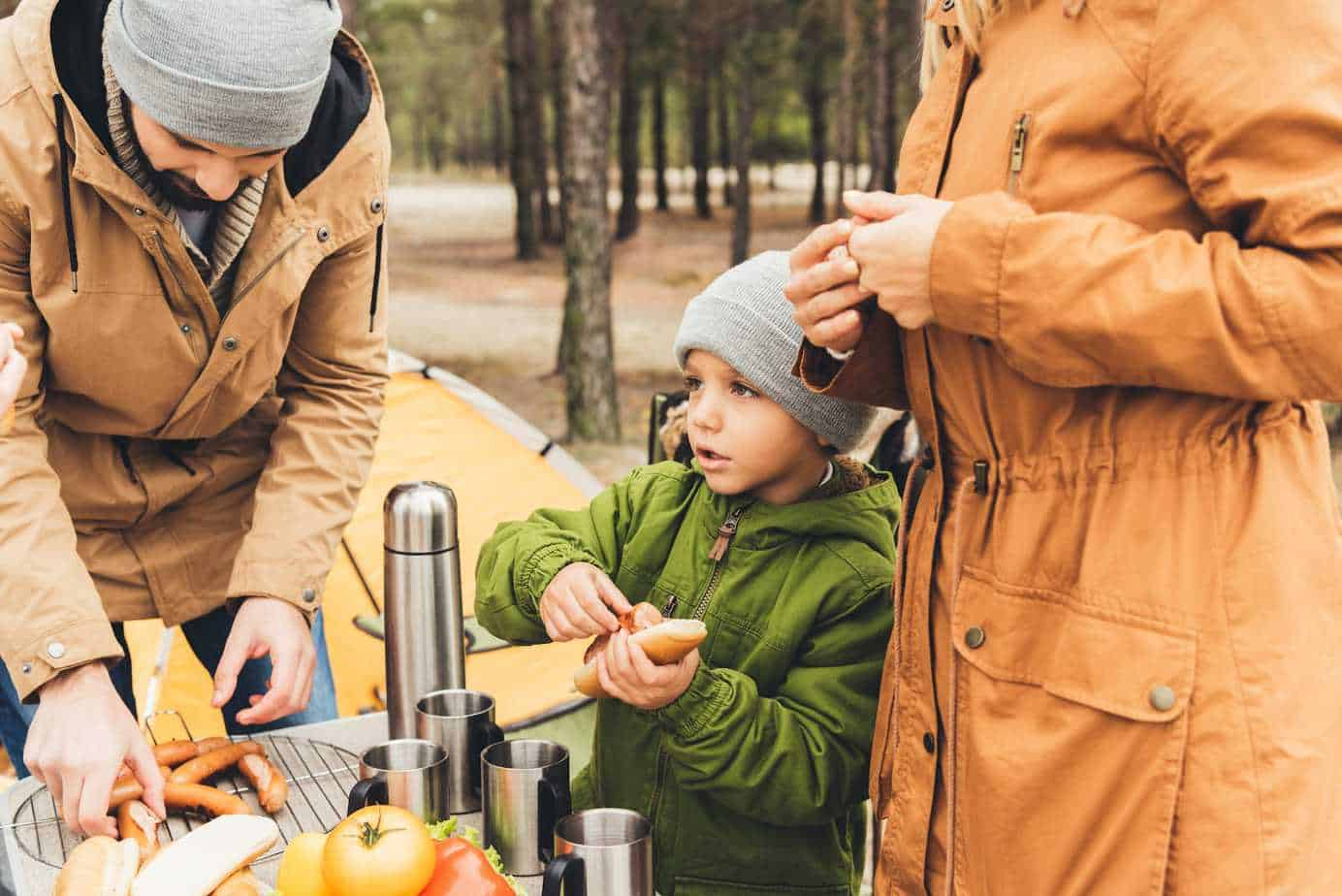 It's camping season, which means it's time to look into for new meals outside the same 'ol hot dogs and hamburgers. Easy to make camping meals.