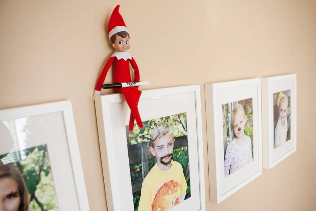 Easy elf on the shelf idea