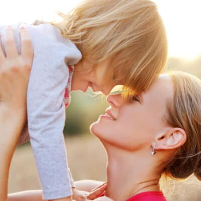 Calm Parenting: How to get controlof your anger and stay calm, even on the most chaotic days.Be a calm parent and control your emotions when you're triggered or frustrated.