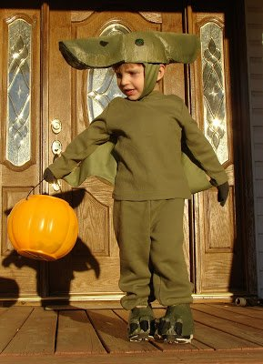 pterodactyl homemade halloween costumes you can make