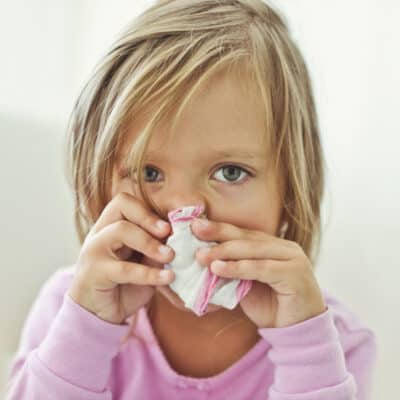 Natural ways to stay healthy this year through cold and flu season. 9 Natural ways to boost your immune system & help your family stay healthy.
