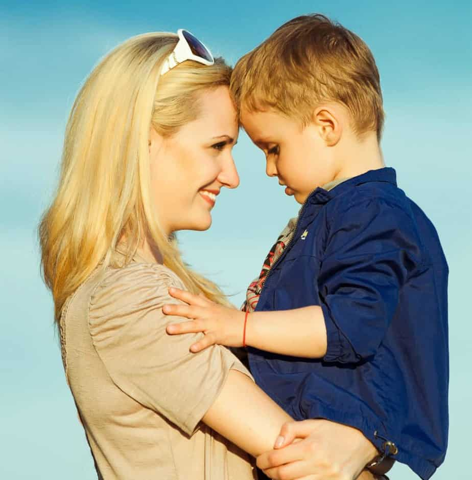 How to stay calm and discipline without anger or yelling. Three key ways to to stay calm when your child misbehaves, even when you're in public. gentle parenting, attachment parenting, Gentle discipline, tips for moms, parenting tips, discipline tips, positive parenting, calm parent, calm mom.