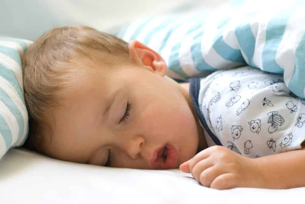 Everything you need to know to survive your baby sleep regression